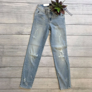 Light Distressed Cropped Denim