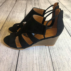 Black Caged Wedge