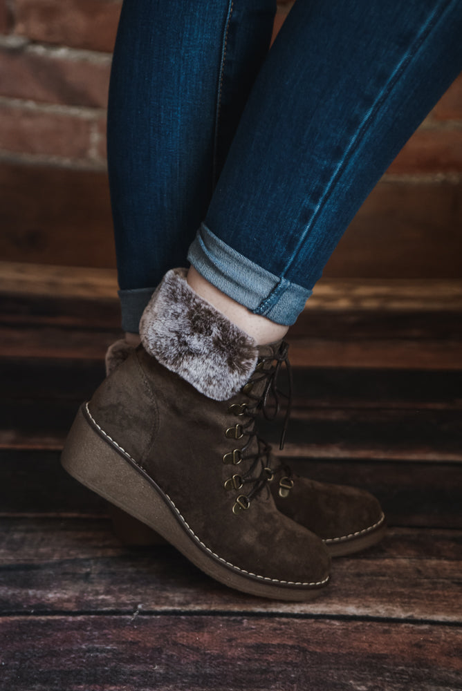 Chocolate Fur Lined Boot 7-11