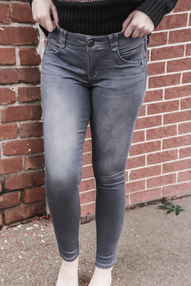 Democracy AbSolution Grey Jegging