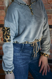 Grey Leopard Cropped Pullover S-L