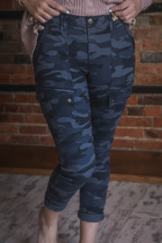 Democracy AbSolution Cropped Camo Pant