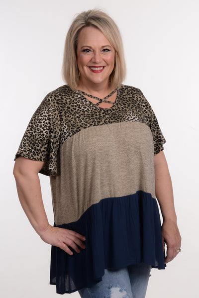Leopard & Navy Color Block Top 1X-3X-Top-9Lilas