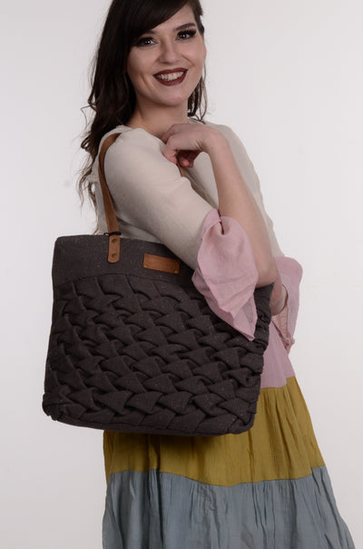 Recycled Ruched Tote-Coco + Carmen-9Lilas
