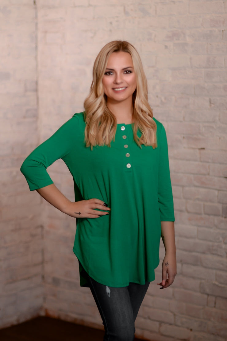 Kelly Green Shell Button Top S-3X