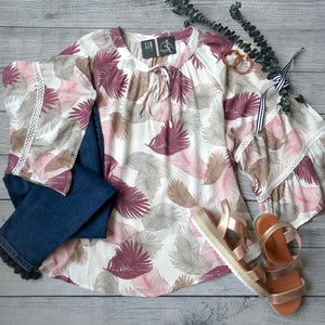 Flare Sleeve Palm Top