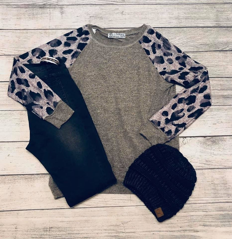Watercolor Leopard Pullover-Top-Mooi Nu Collection-Small-9Lilas