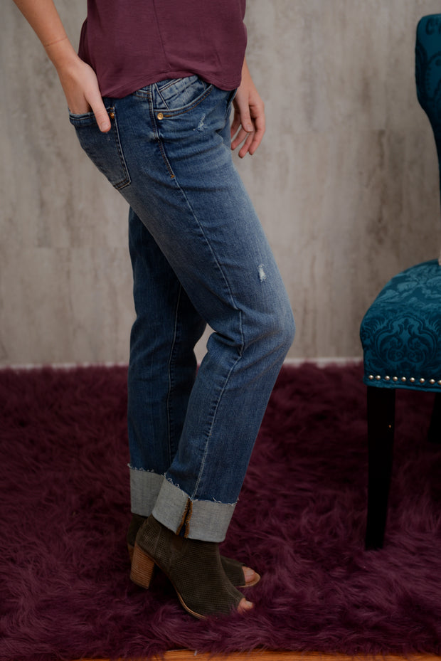 Democracy Flex Girlfriend Jeans