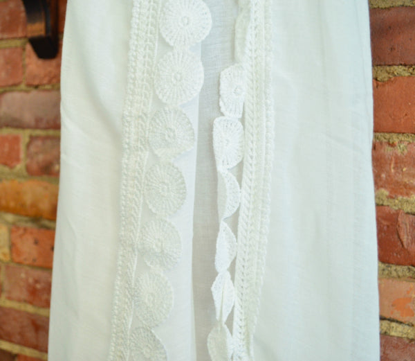 White Sarong-Scarf with Detail Circle Edge