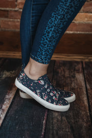 Navy Floral Canvas Sneaker 6-11