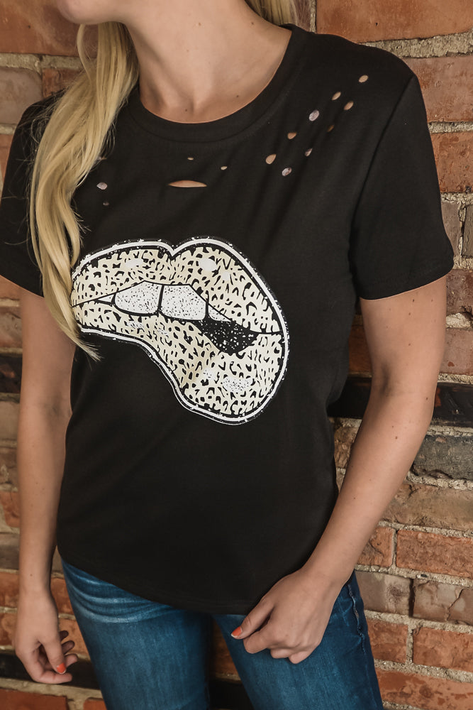 Leopard Lips Distressed Tee S-2X-Top-9Lilas