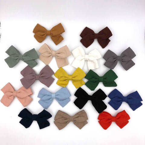 Small Linen Bow Piggy Sets on Clip