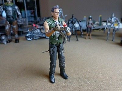 Playmates Terminator Salvation Marcus battle damaged action figure
