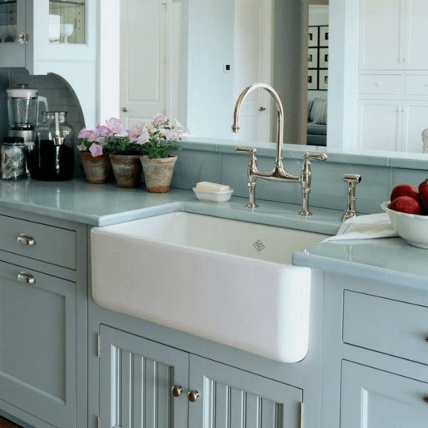 Rohl Shaws Original Lancaster 30 in Fireclay Farmhouse Sink