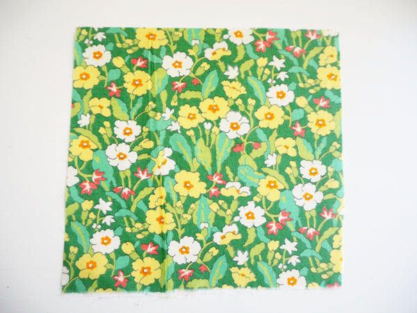 Reusable ADULT Face mask - Green and yellow flower bed