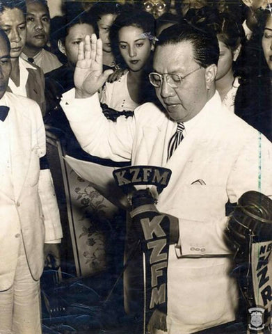 President Quirino's first oath-taking ceremony as president two days after the death of President Roxas on April 17, 1948