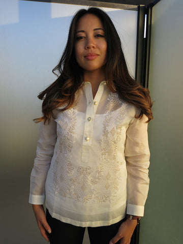 Example of Full Long Sleeves on a Women's Fit Barong