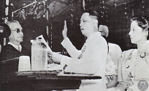 Manuel Roxas takes his oath of office as president during the Independence Ceremony of July 4, 1946