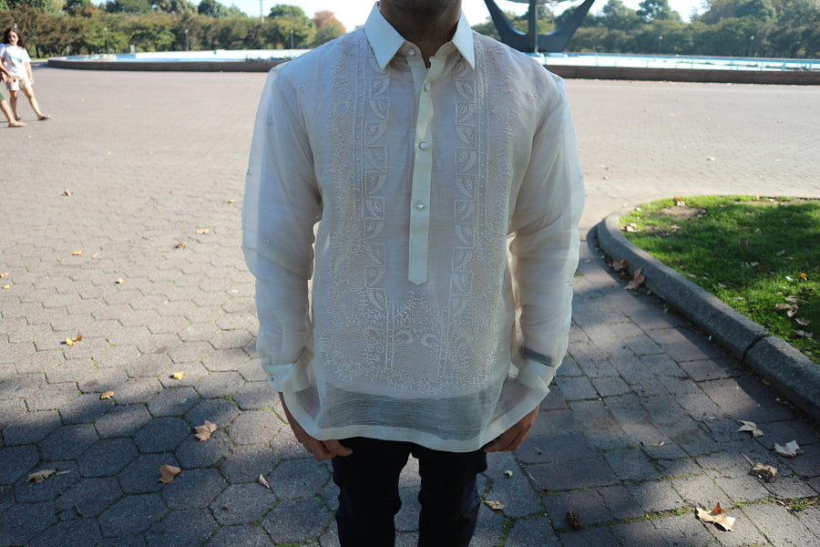 Example of a Men's Fit Barong with Long Sleeves