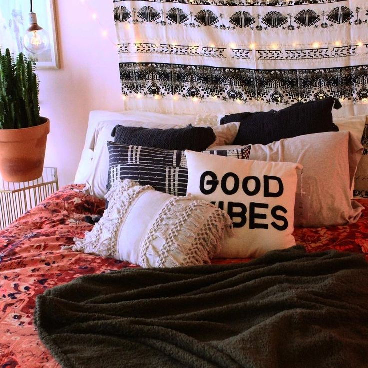 Best Sarcastic And Cute Items To Decorate Your Dorm | Sarcastic ME