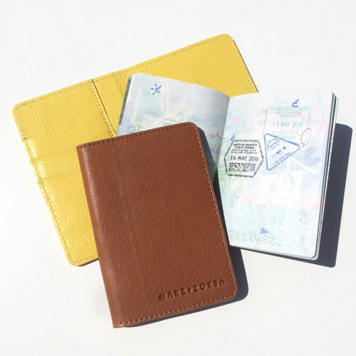 PASSPORT COVER CARAMEL