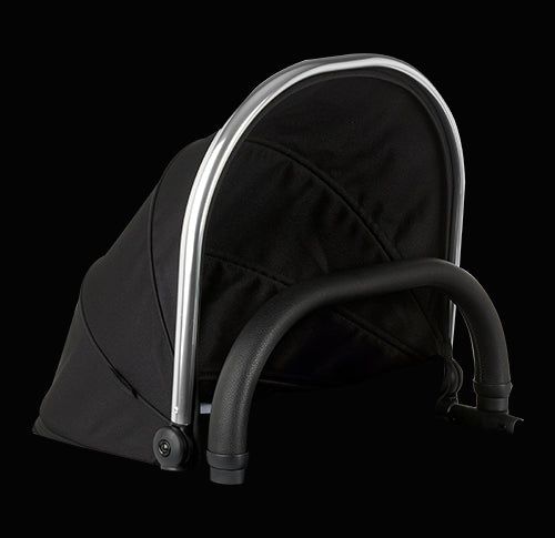 Peach Main Carrycot Companion Black Magic 2