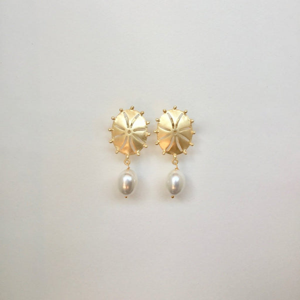In stock Earrings White Pearl Drop The Abrielle Earrings The Omnia Design Company