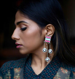 In Stock The Hina Earrings The Omnia Design Company