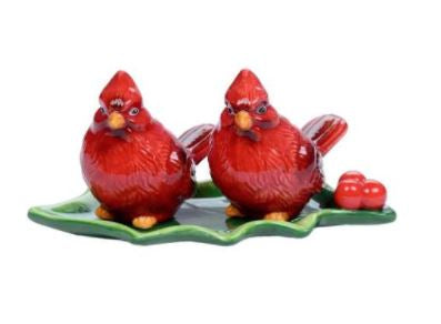 Cardinals On Holly Leaf Dish Salt & Pepper