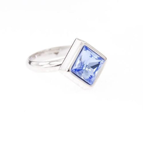 Ring with square blue Saphire Swarovski stone code 7018