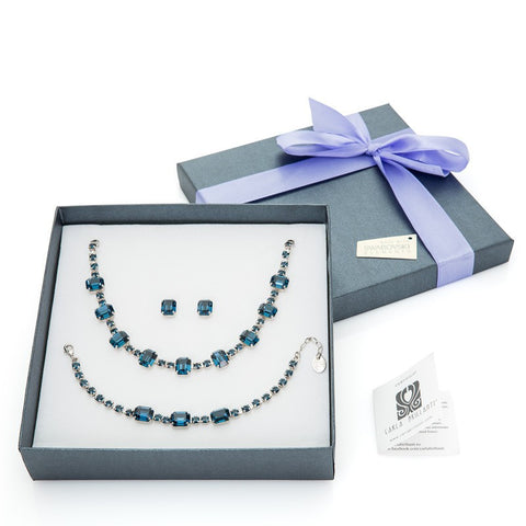 gift jewellery set with Swarovski stones Gianna