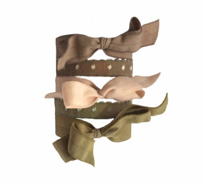 Fawn Set by Bandtz. Five Bandtz hair elastics in nude, khaki, cargo green color combination. Hair accessory with strong hold. Best hair ties for thick hair and curly hair.