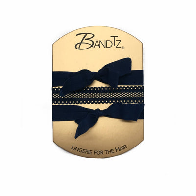 Donna Set. Three Bandtz hair ties. Two black hair bows, one navy fishnet hair band. Hair elastic for thick hair. Hair elastic for thin hair.