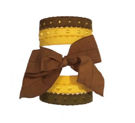 Bandtz Marlene Set in Brown. Five handmade Bandtz hair ties - four dotted hairbands and one wide matte hair bow. Microfiber hair elastics, designed to be easy on hair, prevent knots and tangles, and minimize ponytail crease!