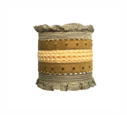 Bandtz Theia Set in Olive. Five elastic hair bands in olive and gold. Functional fashion for hair.