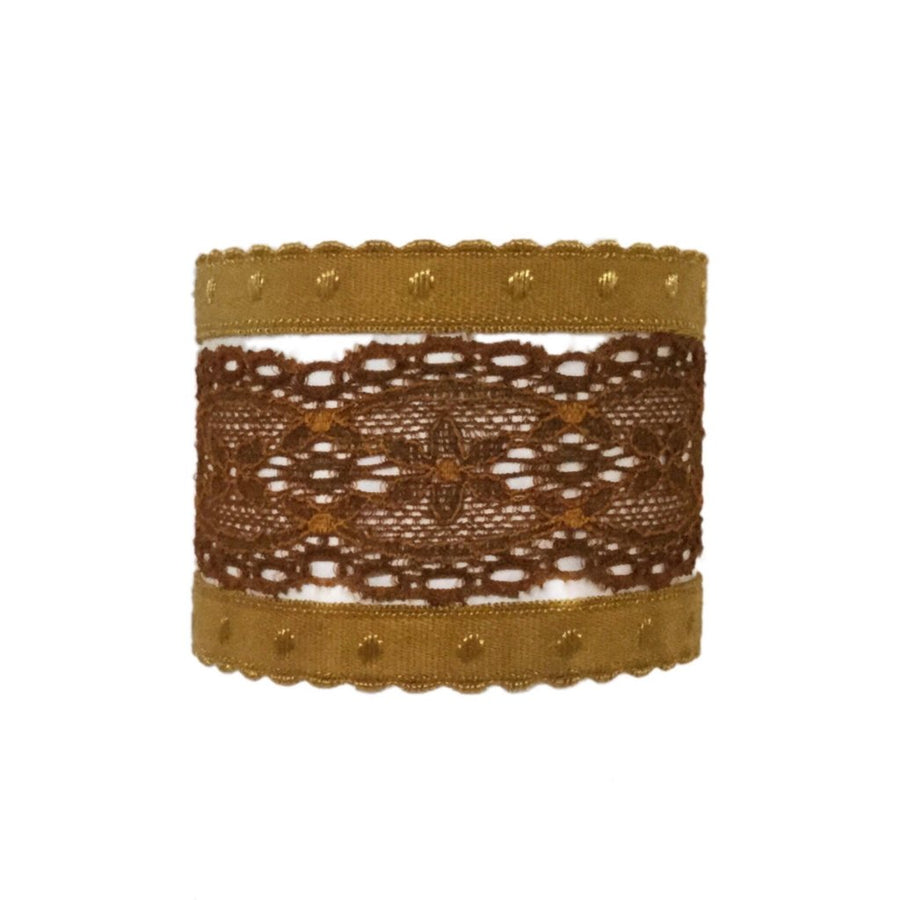 Anais set in Brown. Three Bandtz hair ties, one elastic lace band, two demi-dot elastic bands, good for thick hair, thin hair, good hair days and bad hair days.