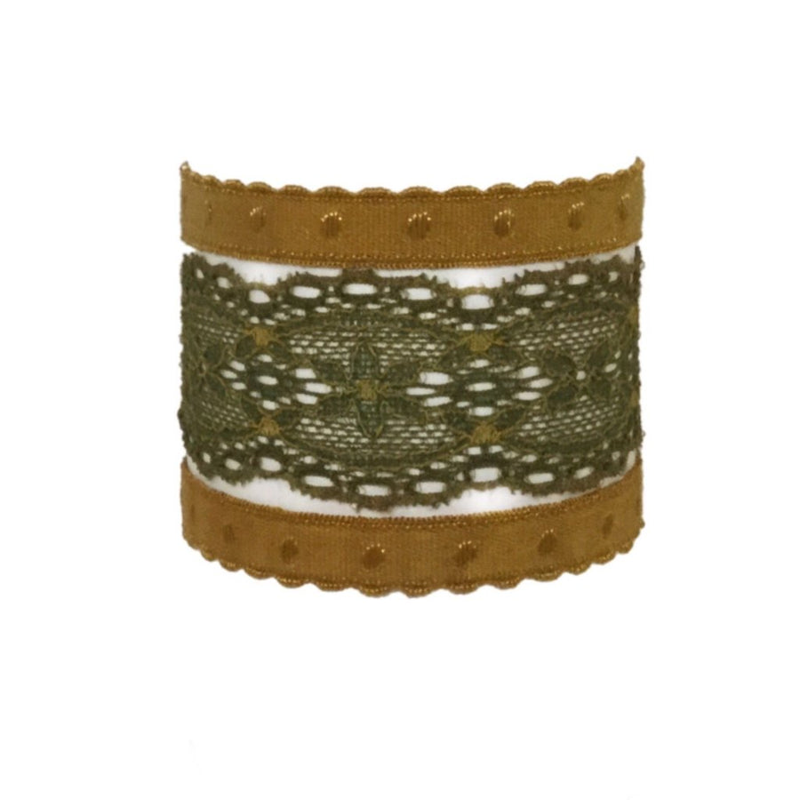 Anais set in Olive. Three Bandtz hair ties, one elastic lace band, two demi-dot elastic bands, good for thick hair, thin hair, good hair days and bad hair days.
