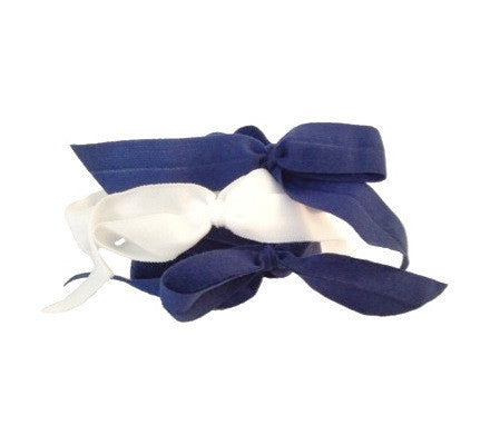 Encore Set by Bandtz in Nightingale. Three matte elastic hair bows in a classic color combo. Two navy hair bows, one white hair bow. Long lasting, no fray hair bows. Favorite hair tie for thick hair and thin hair. Kind to the hair.