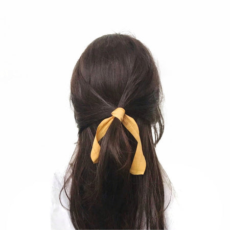 Bandtz Wide Tail Hair Tie in Yellow on Brunette