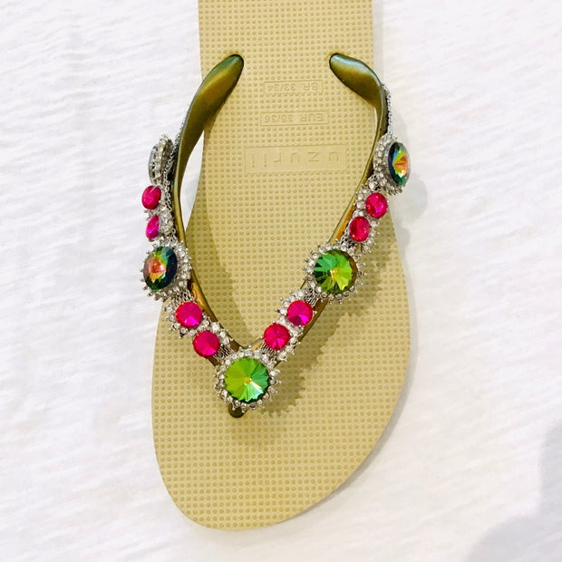 Uzurii Flip Flops/ Colorful Marilyn Gold