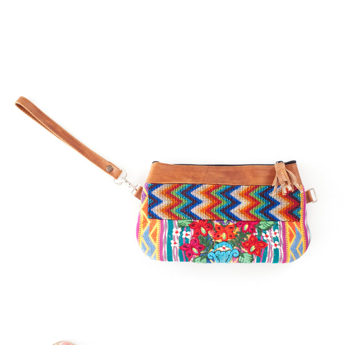 Fiorella Pequeña Transitional Clutch