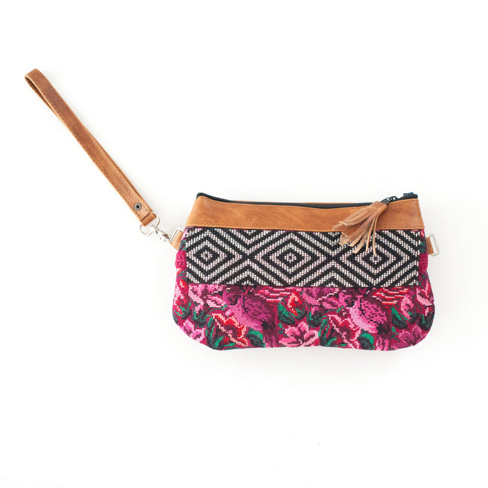 Clara Pequeña Transitional Clutch