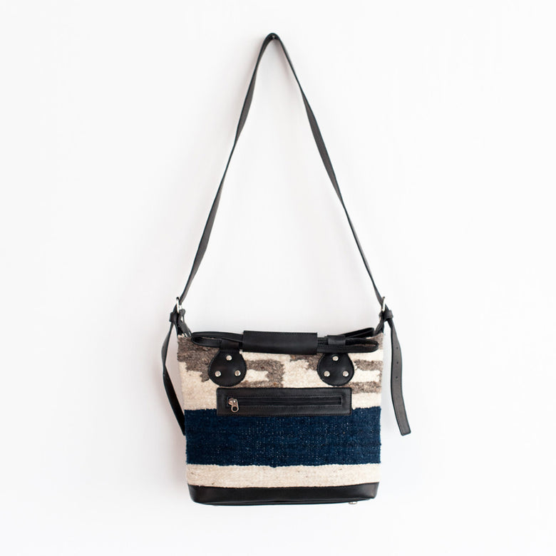 Earlene Small Blanket Bag