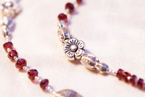 garnet silver necklace