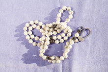 white howlite marbled necklace