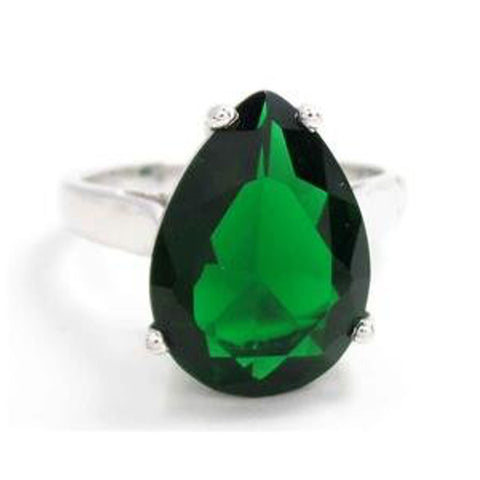 Pear-Cut Emerald Butterfly Ring by Savvy Cie