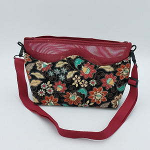 Suggie Travel Tote (Medium) Photo