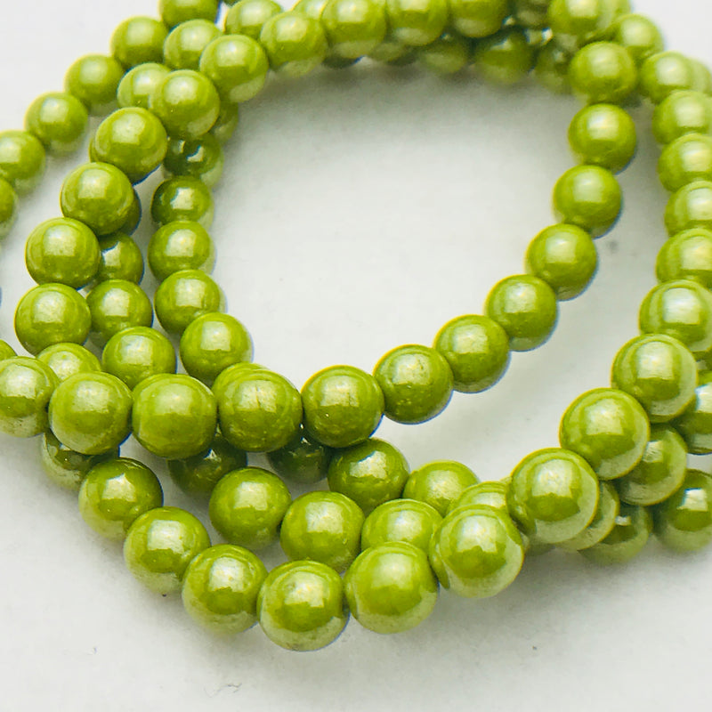 Druk Czech Glass Beads, Avocado Luster, Matte, 6mm