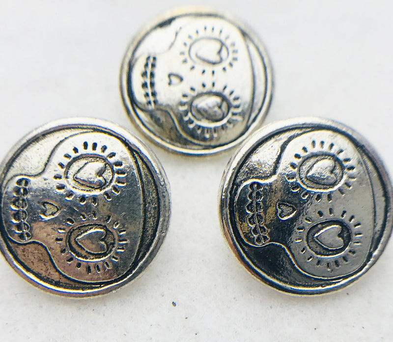 Silver Skull Button 18mm