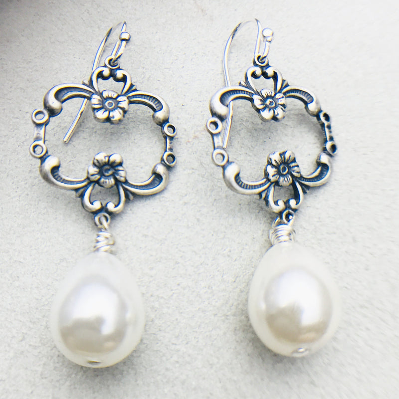 Eva Vintage Silver and White Mother of Pearl Drop Earrings